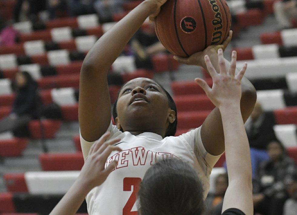 Hewitt-Trussville Basketball