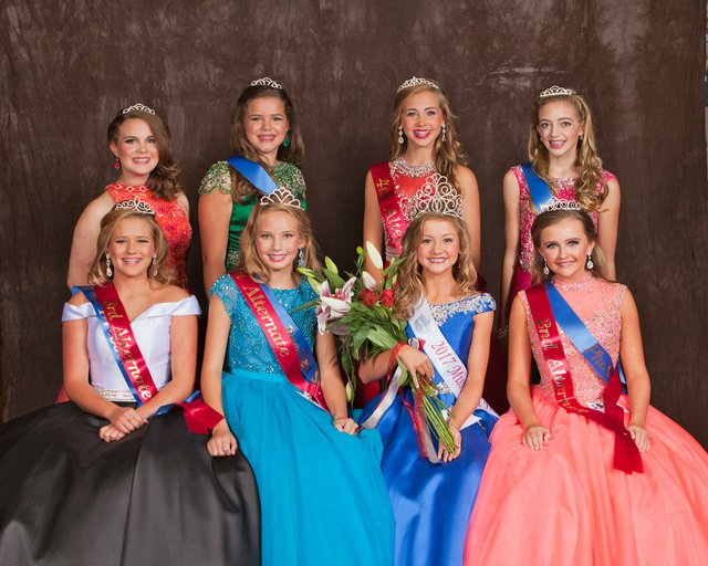 CSUN-EVENTS-Miss-Hewitt-Husky-Pageant--(1).jpg