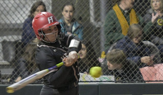 Mountain Brook vs. Hewitt-Trussville Softball
