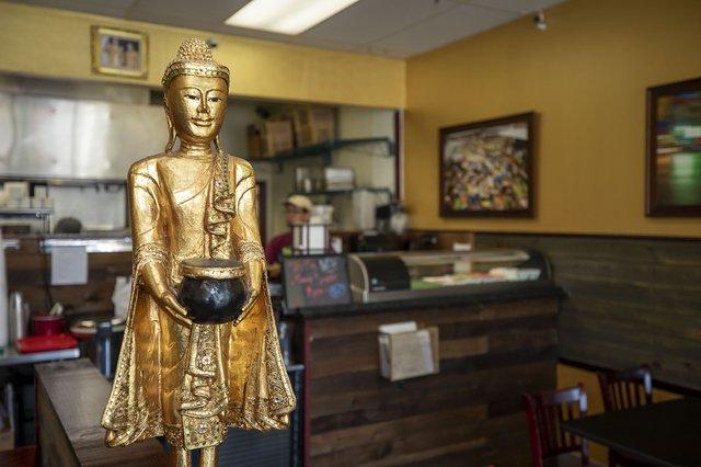 CSUN BIZ Thai Basil & Sushi 2.jpg