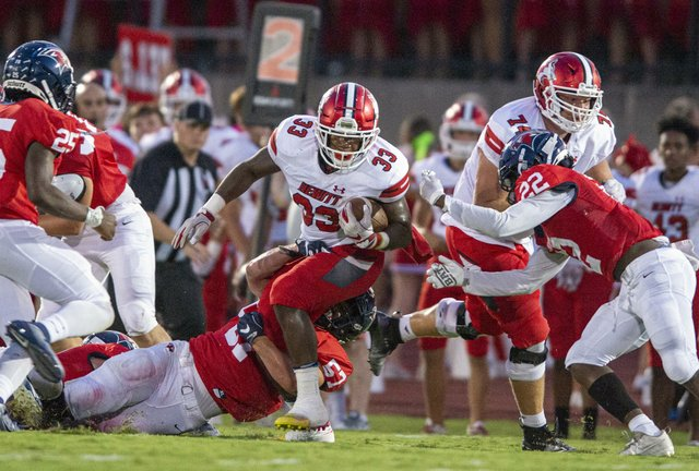 Hewitt-Trussville vs. Oak Mountain Football