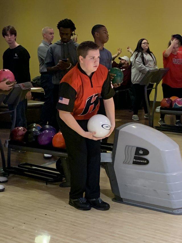 CSUN SPORTS HT Bowling Boys vs ShadesValley.jpg
