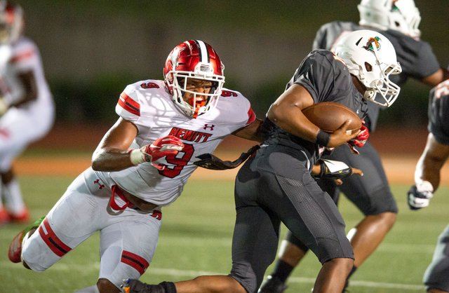 CSUN-SPORTS-September-football-preview-Jamarion-White.jpg