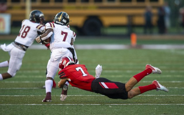 Hewitt-Trussville vs. Pinson Valley Football