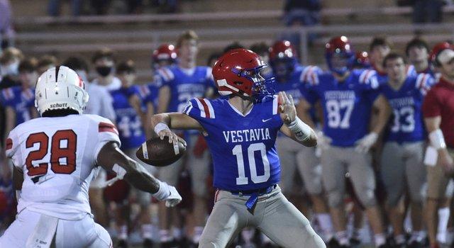 Hewitt-Trussville at Vestavia Hills football