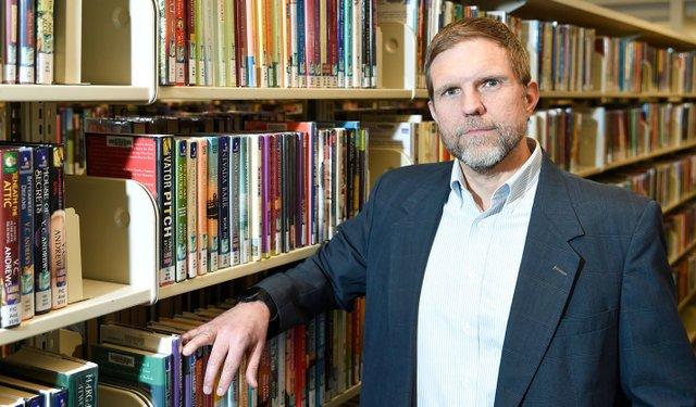 CSUN-COMM-New-library-director-210112_JasonBakerEN01.jpg