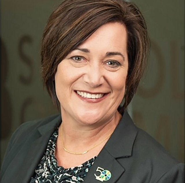 Dr. Kelly Nichols-Dean of the UAB School of Optometry .png