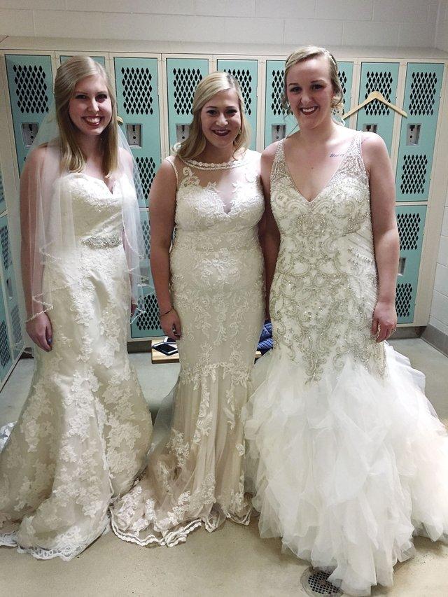 CSUN-COMM-bridal-show-summary1.jpg