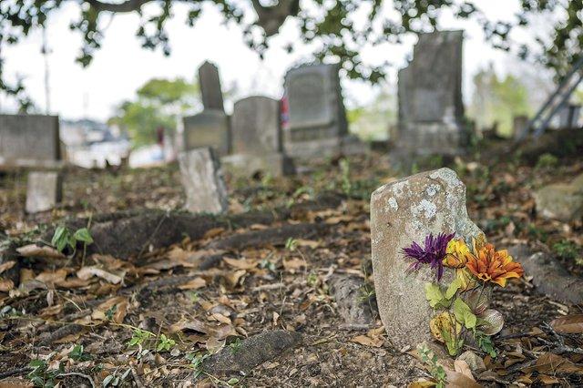 CSun-FEAT-Trussville-Cemetery-1.jpg