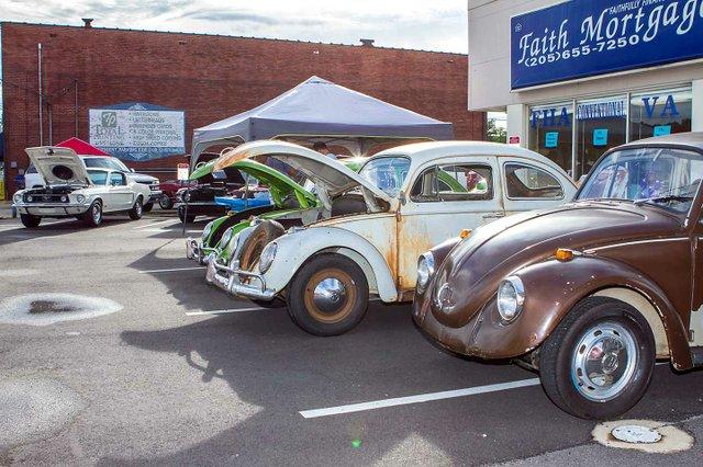 CSUN-EVENTS-Downtown-Car-Show1.jpg