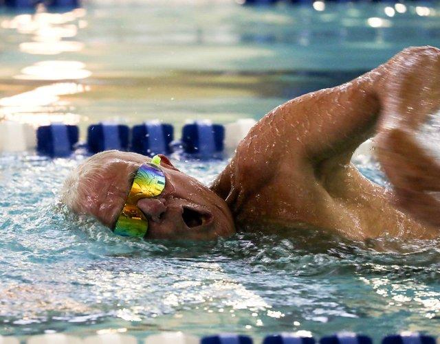 CSUN-FEAT-James-Robinson-Swim.jpg