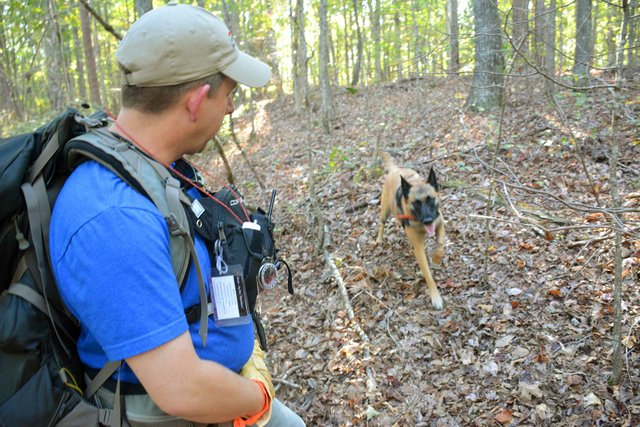 FEAT-Red-Mountain-Search-Dog-Association5.jpg