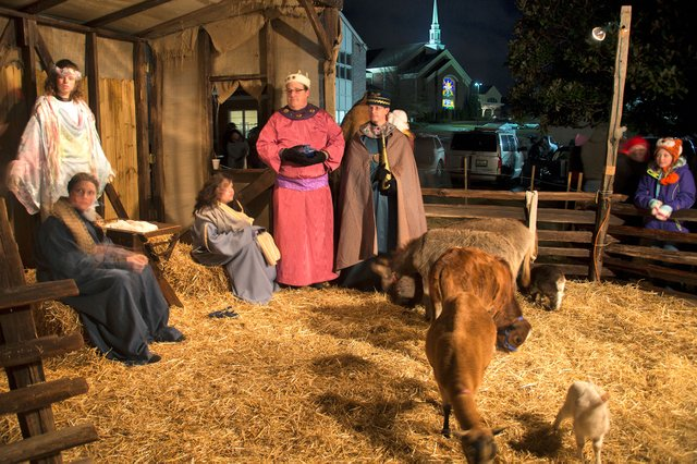CSUN-EVENTS-Live-Nativity1.jpg
